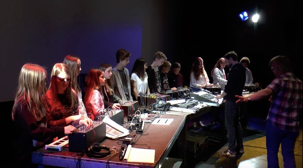 Modular Synthesizer Ensemble workshop with Gammon at Ernst Krenek Forum