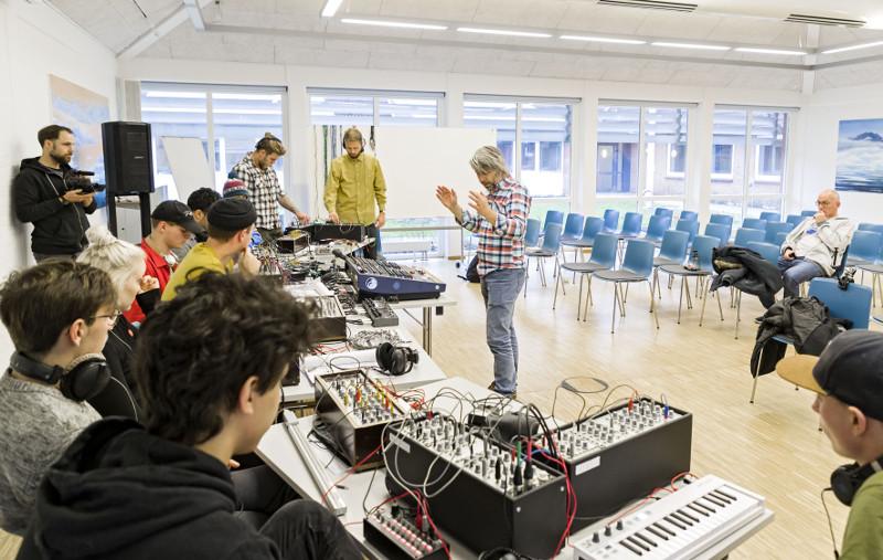 _LAS8862.CR2 09NOV17 Define Festival Elektronisk musikfestival på Jaruplund Højskole. Foto: Lars Salomonsen.