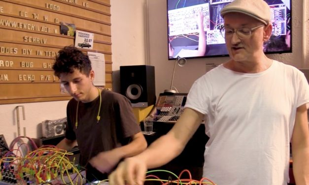 Video: Modular synth workshop with Tobi Neumann and Fadi
