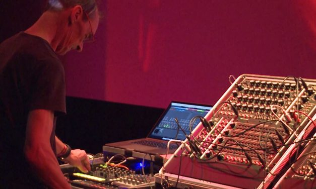 Moon Modular – 5U Synthesizer live performance @SUPERBOOTH17