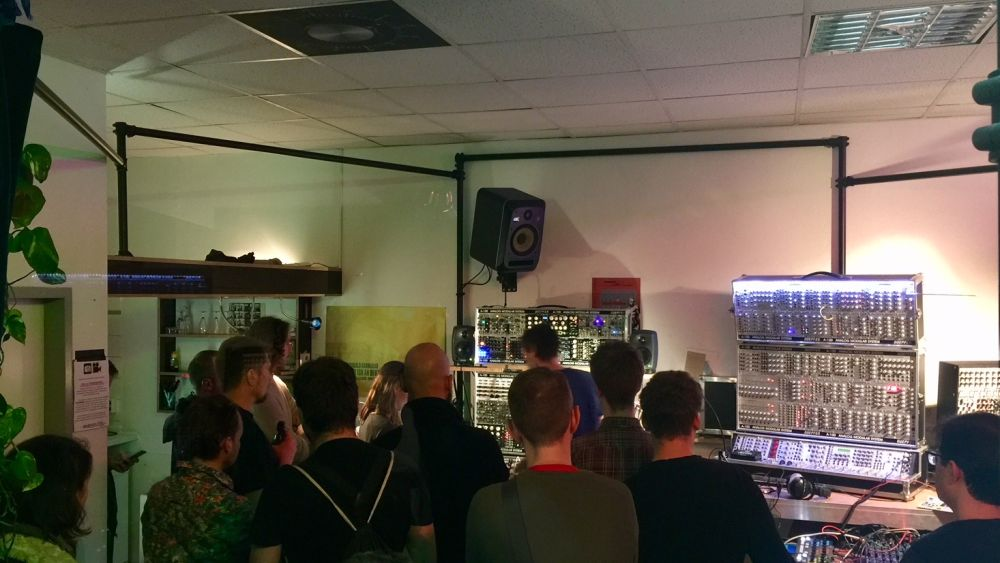 MODULAR BEGINNER WORKSHOP – every Thursday 6pm